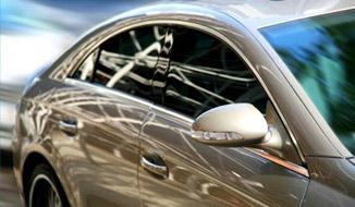 Votre voiture impeccable en toutes circonstances. La gamme de nettoyages et de soins auto la plus compl�te du march�.